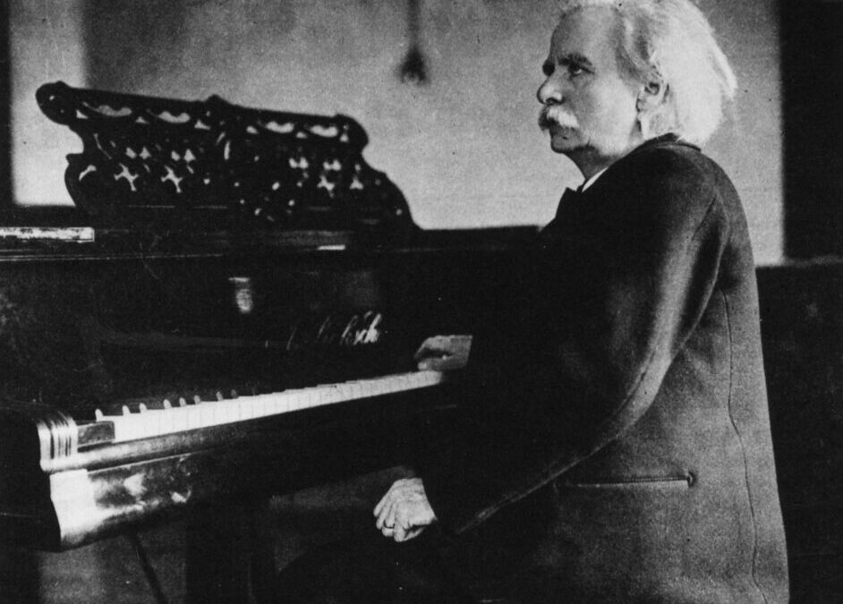 GRIEG GETS HIS BIRTHDAY CELEBRATION TONIGHT WITH AUDIENCE